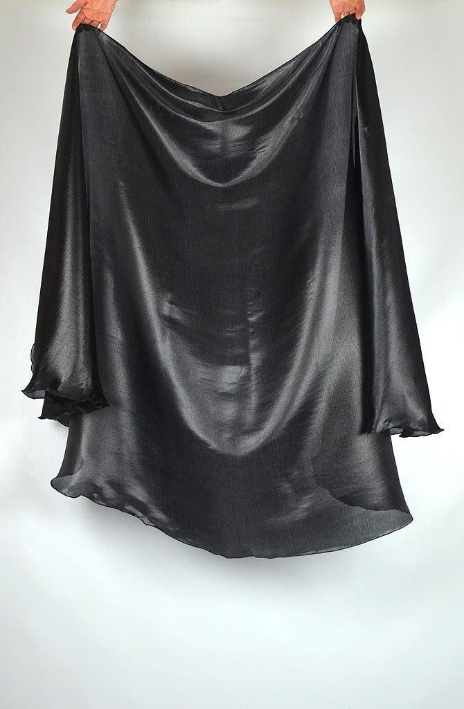 semi circular veil black