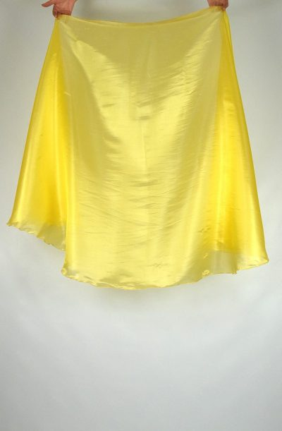 semi circular veil yellow