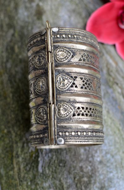 Tribal Cuff - Long Style 1